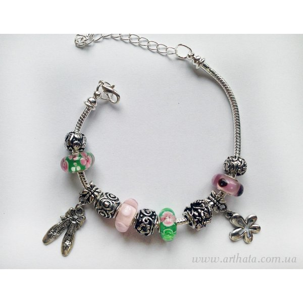 Браслет Зелено-розовый с цветочками