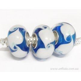 Бусина Голубая с белыми волнами
