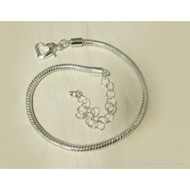 Основа браслет с карабином-сердцем 19,5 см