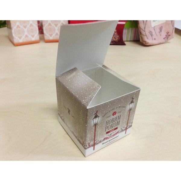 Коробочка с крышечкой Новогодняя